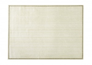 Rectangular Place mat w/ Crystals Ivory