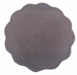 Round Scallop Placemat in Brown Aqua