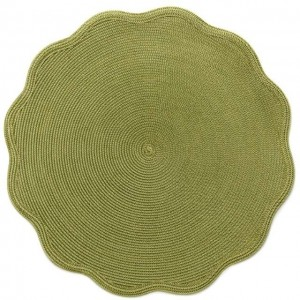 Round Scallop Placemat in Moss Canary
