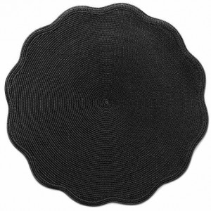 Round Scallop Placemat in Black