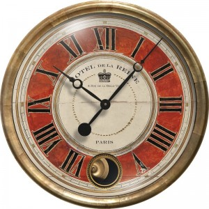 Hotel De La Reine Clock Red
