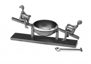 Seesaw Bowl with Spoon
